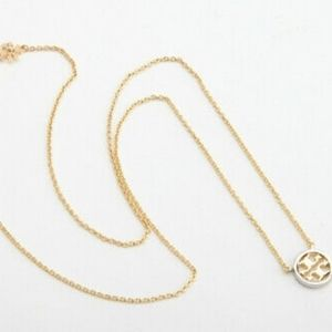 Nwot Tory Burch necklace gold/silver